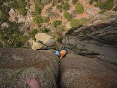 Rock Climbing Photo: Stef jams into the upper portion of the first (ext...