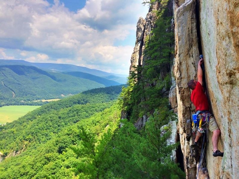 Rock Climbing Photo: Madmen only, Seneca