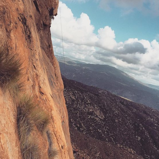 Rock Climbing Photo: Jeff (?) on crux of No Burritos with Gary Anderson...