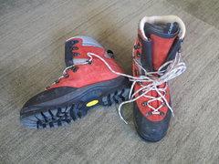 Rock Climbing Photo: Scarpa Cerro Torre Boot Size 44 in awesome conditi...