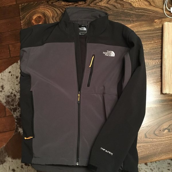 Men's TNF Jacket Size Large