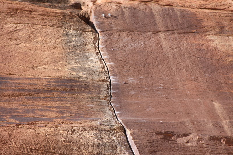 Rock Climbing Photo: Bolted crack in Escalante Canyon.