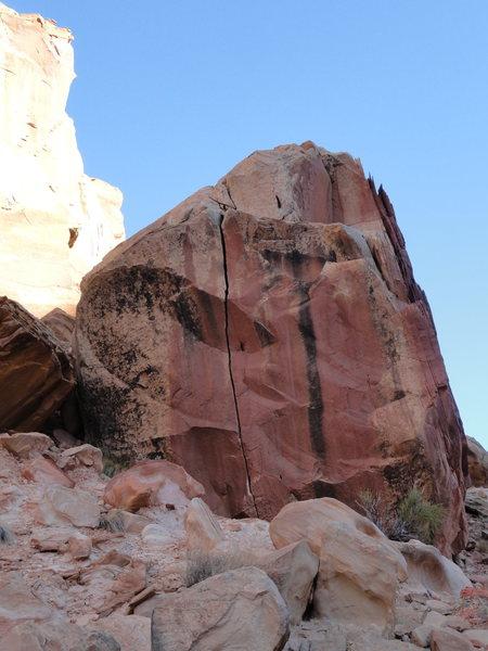 Rock Climbing Photo: Hand Crack Boulder
