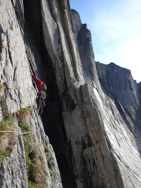 "Rock Climbing Photo: Traversing into the ""5.10 Waterfall"" pit..."