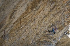 Rock Climbing Photo: In the Crux of the classic Ultra-Perm