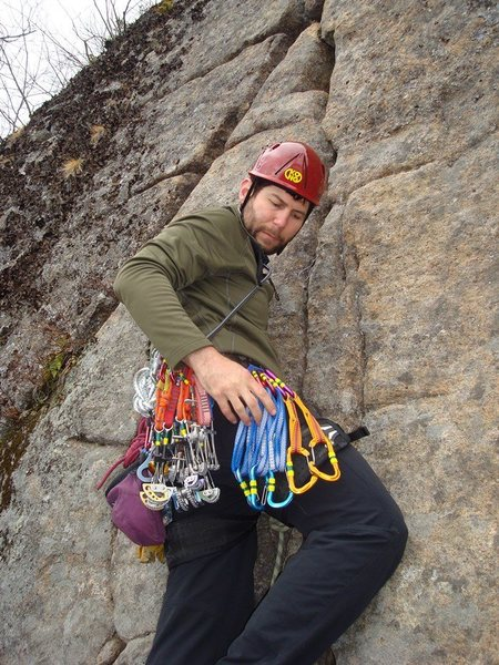 Justin Serpico avec tres-belle rack at the start of P3 of <b>Provando</b>.