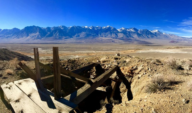 Central Owens valley<br> Near Crystal ridge