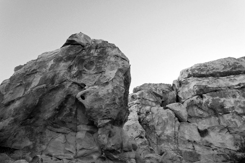 Rock Climbing Photo: Barbar-like boulder