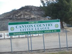 Rock Climbing Photo: Canyon Country Little League Park on Sierra Highwa...