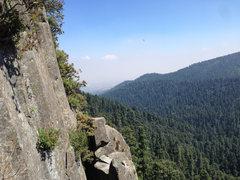 Rock Climbing Photo: View from belay ledge atop Sirenos Crack.