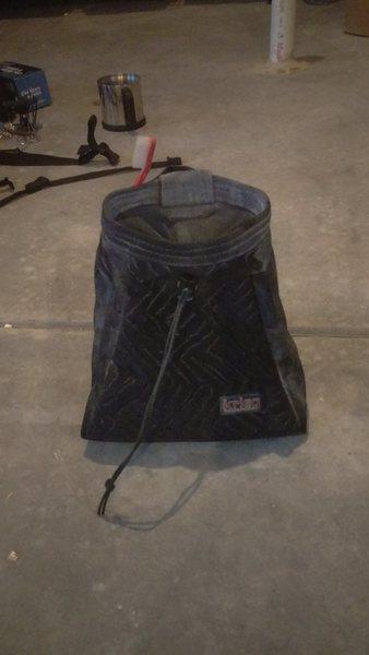 Krieg Chalk Pot - Black Corduroy