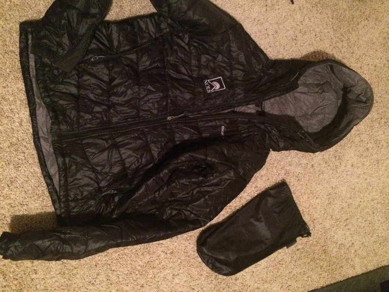"Mont Bell Thermawrap Pro ""NOLS"" Edition - Mens Medium Black w/stuff sack - Excellent Condition"