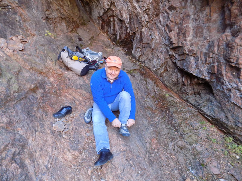 My old man setting up for the first pitch of Crack Parallel