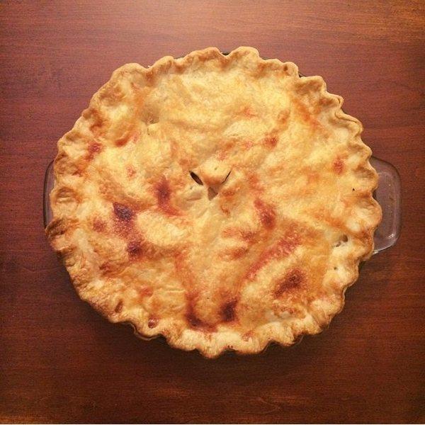 apple cinnamon pecan pie