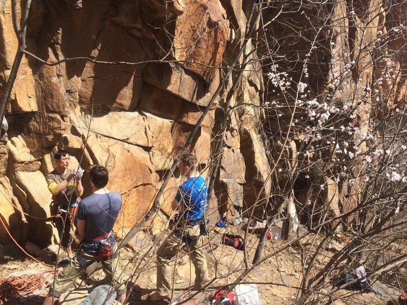 Rock Climbing Photo: 北京后花园 后白虎涧 Changping, Beijing, P...
