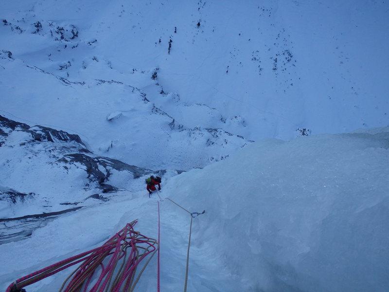Rock Climbing Photo: Nate Erickson finishing up P4.  Photo: Dave Rone