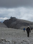 Rock Climbing Photo: Descend that gully to the left or hike up to the t...
