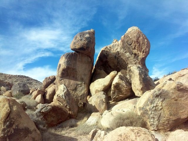 Zoo Boulders, Apple Valley Area