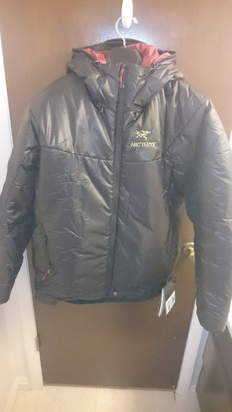 Dually Belay jacket. Brand new with tags. Size Med. $475.