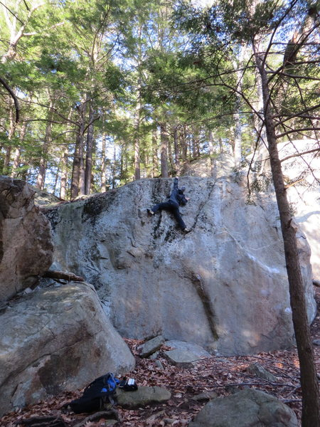 Rock Climbing Photo: Lakeside Crag -Ghetto Knowledge Top Out