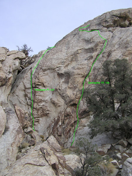 Rock Climbing Photo: Upper pitches on Mushroom Dome