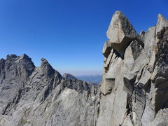 Rock Climbing Photo: Overhanging Tower from Wolf's Head
