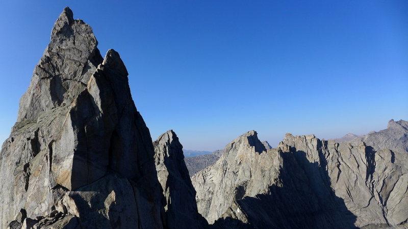 Rock Climbing Photo: Shark's Nose