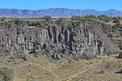 Rock Climbing Photo: The amazing Eagle Wall at Massacre Rocks.  Home to...