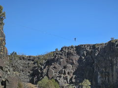 Rock Climbing Photo: Huge 200+ foot slackline set up in the Owl Cove by...