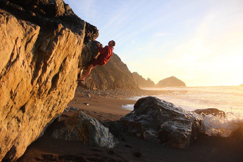 Jarek Sweigert climbing barefoot!