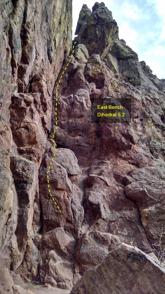 Rock Climbing Photo: East Bench Dihedral, 5.2.