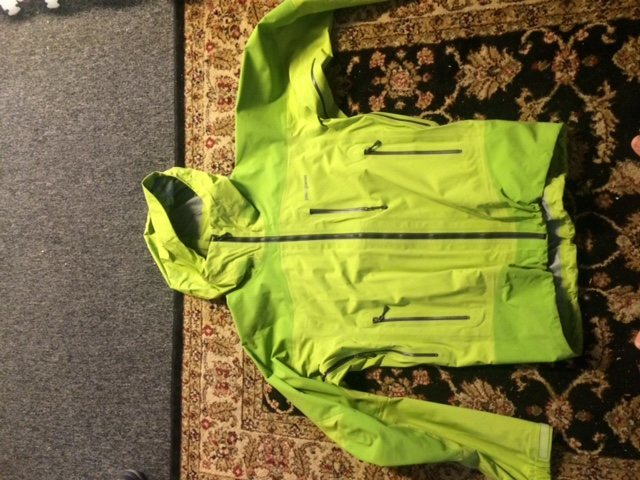 $80- This is the early version of the Patagonia Leashless Jacket before they went to the 3 Layer Gore-Tex. This is a fully waterproof 3 Layer H2NO jacket. Pit zips, Mesh Glove Pockets, this this is a hard wearing cold weather beast.
