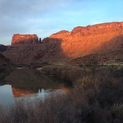 Rock Climbing Photo: Lighthouse reflection with Big Bend Butte to the l...