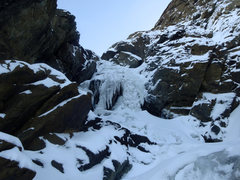 Rock Climbing Photo: A short and steep optional ice step approaching th...