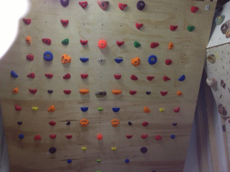 40-degree training wall: Atomik and Core symmetric holds