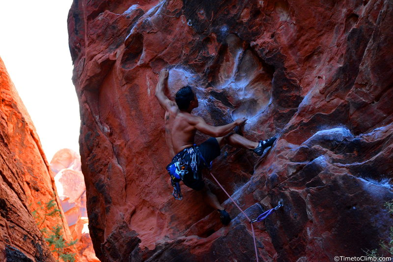 """Kevin Santos on """"Rebel without a Pause"""" <br> Link - http://www.timetoclimb.com/climbing/the-black-corridor-sport-climbing-in-red-rock/"""