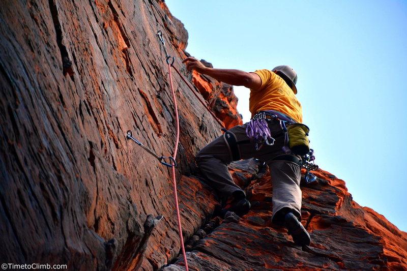 "Mel Rivera on ""757 2x4"" <br> Link - http://www.timetoclimb.com/climbing/the-black-corridor-sport-climbing-in-red-rock/"