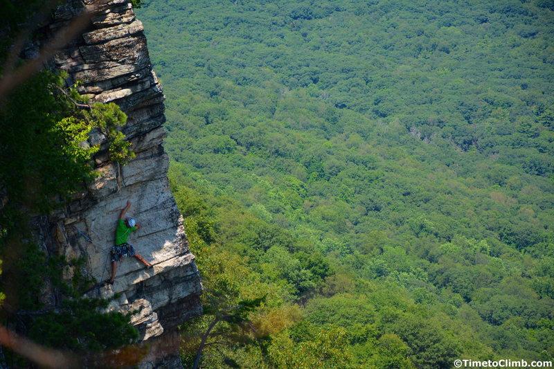 Climber on pitch #2 of Splashtic - www.TimetoClimb.com
