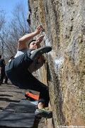 Rock Climbing Photo: Kevin Dumapit bouldering Boxcar Traverse in the Gu...