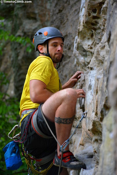"Corey Day climbing ""Plate Tectonics"" in Red River Gorge"