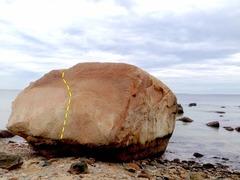 Rock Bight boulder at low tide.