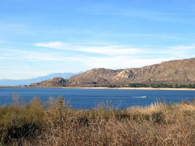 A nice day on the lake, Lake Perris SRA
