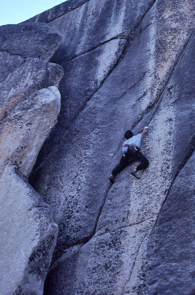 """Top-roping """"Hot Box"""" (5.11d) at Olmsted Canyon, Tuolumne Meadows, Calif."""