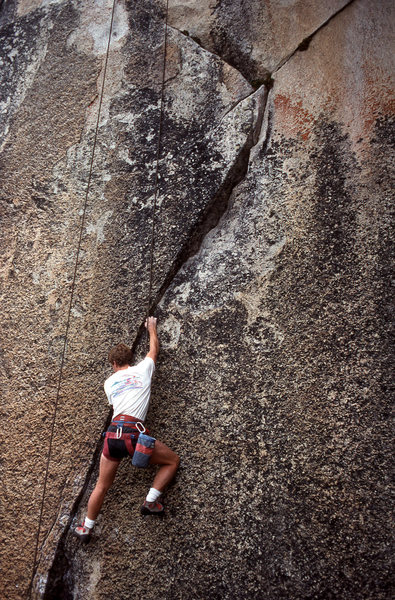 "Urmas Franosch top-ropes ""Body-Double"" (5.12a)"