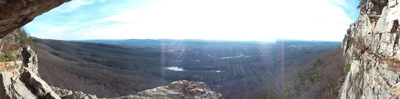Rock Climbing Photo: Panorama from the High E ledge