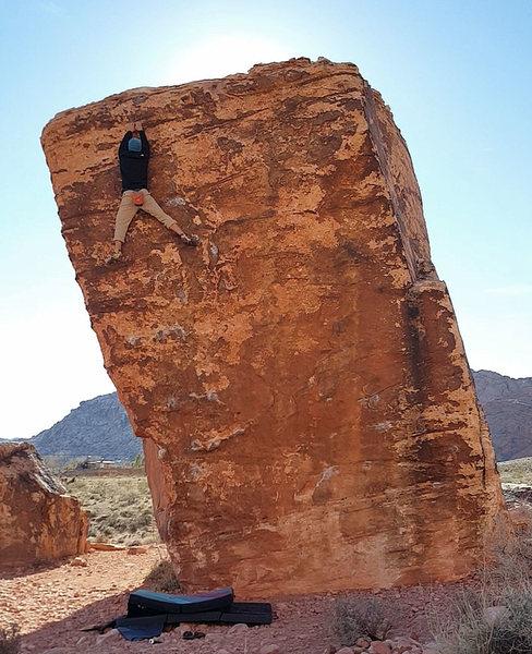 Rock Climbing Photo: ltcao cruising up Perfect Poser