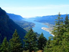 Rock Climbing Photo: View of Columbia River from Munra Point.