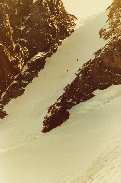 Climbers on Dana Couloir