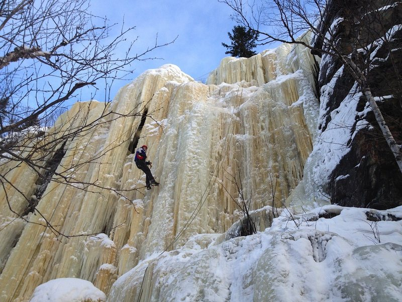 Ice climbing in -35 C is not easy. I had spent 25 minutes trying to get a firm placement with my ice tools.