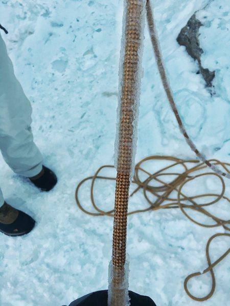 Icy top rope - 01Jan2016.